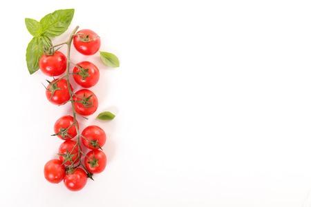 チェリー トマトとバジル