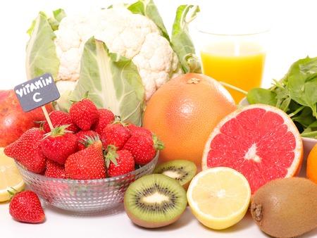 果物や野菜、ビタミン c のコンセプト