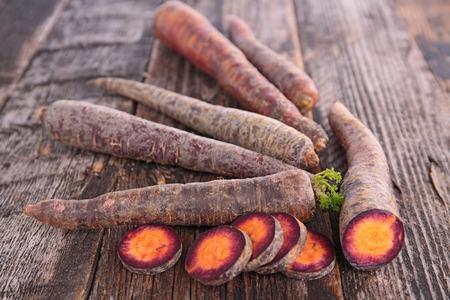 raw: raw carrot