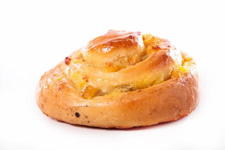 aux: pain aux raisins