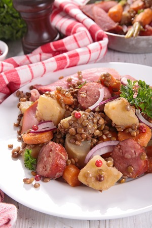lenteja: lentil with carrot and sausage