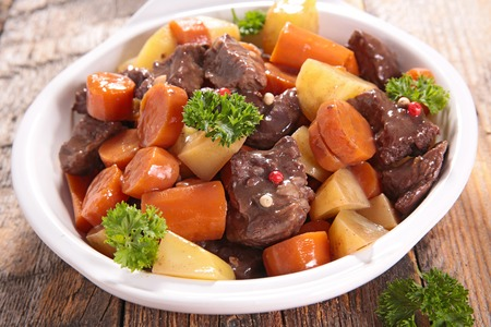 beef stew: beef stew with vegetable