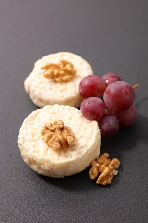 queso de cabra: goat cheese Foto de archivo