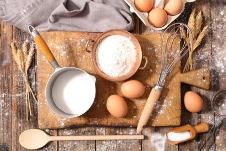 ingredient: baking ingredient for cake