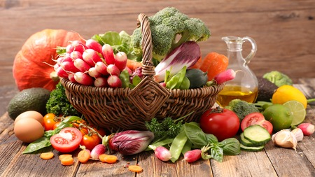 composition: raw vegetable composition