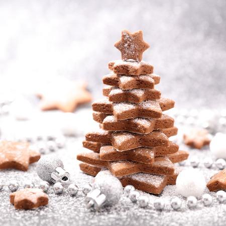gingerbread cookies: christmas gingerbread cookies