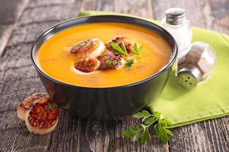 petoncle: soupe avec pétoncles