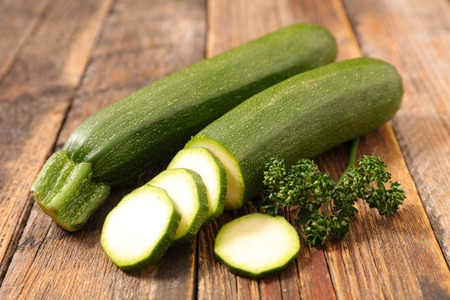 courgette: raw courgette