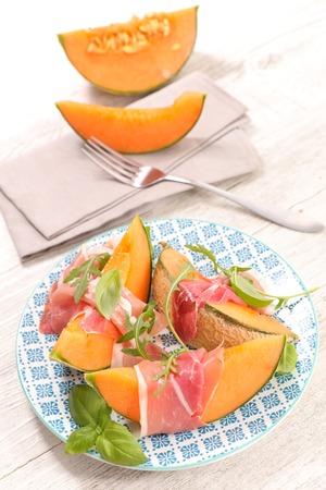 hams: melón y jamón