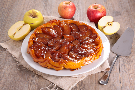 apple pie, tarte tatin