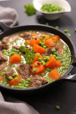beef with carrot and pea