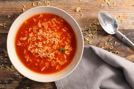 alphabet noodle soup Standard-Bild
