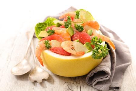 grapefruit and shrimp salad