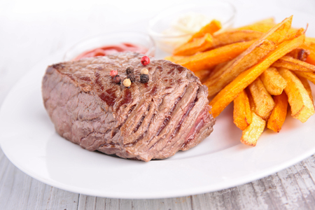 beef and french fries Stock Photo - 88710354