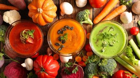 różne miski zupy Zdjęcie Seryjne