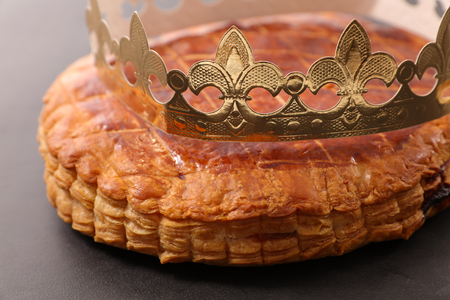 epiphany cake and crown Stock Photo