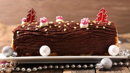 chocolate yule log christmas cake