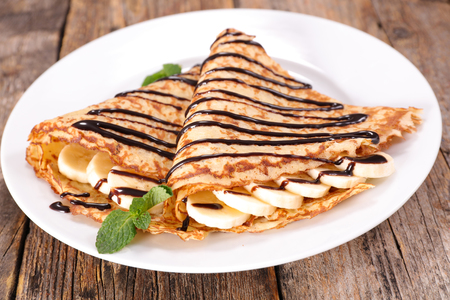 crepe com chocolate e banana