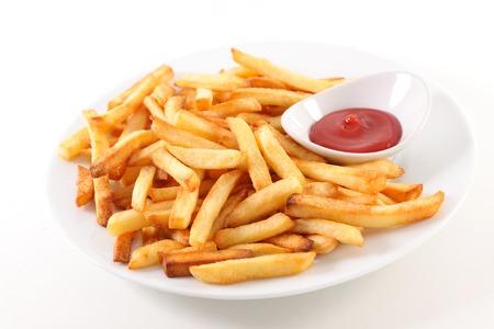 papas fritas y salsa de tomate