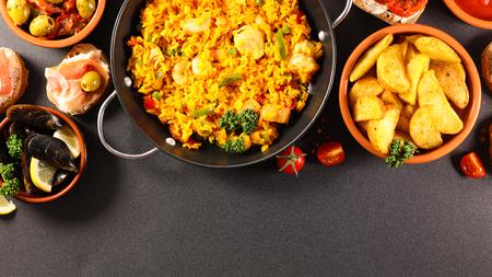 paella, mussel and tapas. spanish food selection Stockfoto