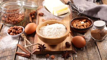 baking ingredient with flour, egg, nuts and spices Stockfoto