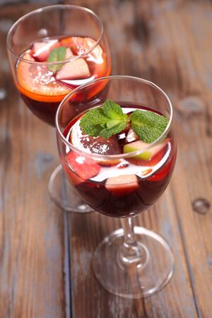 festive wine with fruit, mulled red wine with fruit and spices