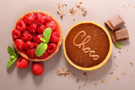 raspberry cake and chocolate cake
