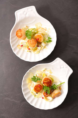 seared scallop with leek and cream