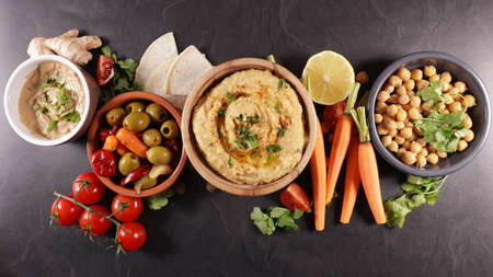 hummus, vegetables and pita bread