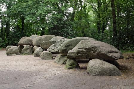 edad de piedra: Una antigua tumba megalítica en los Países Bajos.