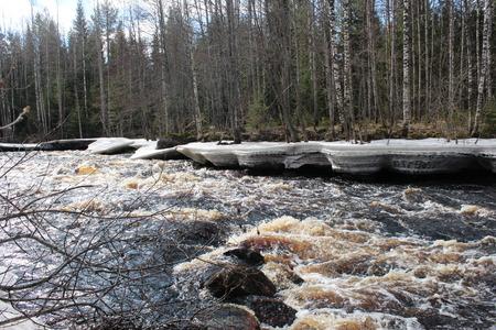 shiver: Spring in Karelia  River name Uksun