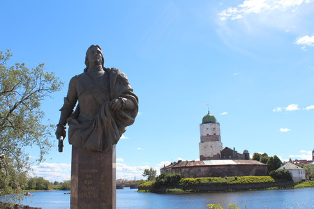 admiral: Monument of general admiral, count Fyodor Matveevich Apraksin.