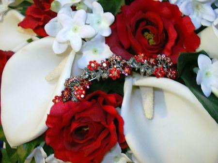 Bouquet and garnet comb