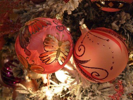 Prachtige roze kerst ornamenten