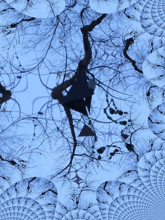 Wind klokkenspel op een boom fractal