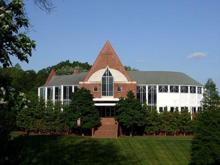 Eglise sur une colline  Banque d'images - 3040810