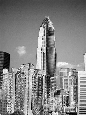 高層ビル - 金属的な質感の図  イラスト・ベクター素材
