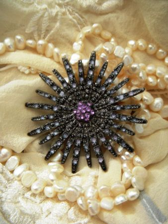 紫水晶、真珠のネックレス白鉄鉱ブローチ