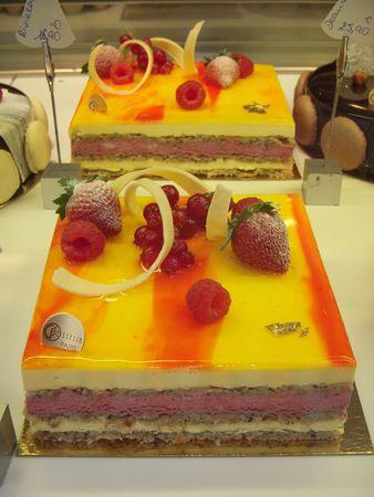 Delicious French dessert Stock Photo - 6000685