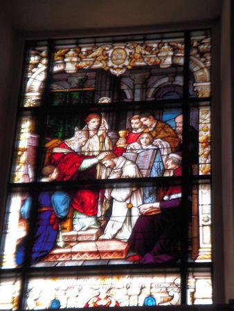 Vitrail dans une cathédrale.  Banque d'images - 8015855