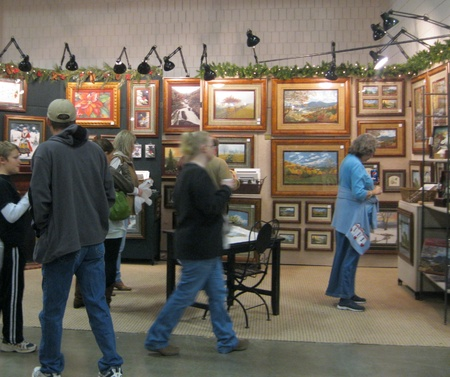 November 27, 2010 - Greensboro, NC - Craftsman Classic visitors enjoy a wide selection of arts and crafts Editöryel
