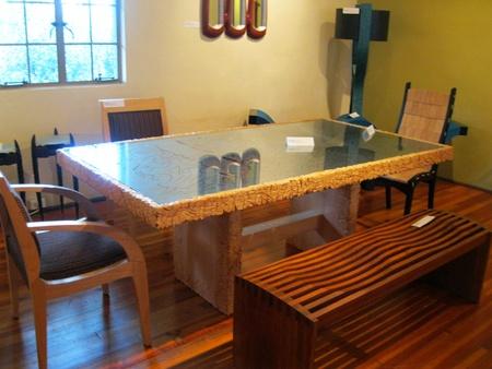 22 februari 2012 - Met de hand gemaakte meubels bij de Grovewood Gallery, Asheville, NC