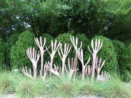 2 augustus 2014 - North Carolina Arboretum - Hedge sculptuur Redactioneel