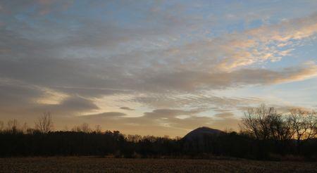 Winter sunrise Stock Photo - 73746422