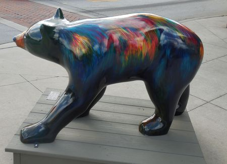 June 17, 2017 - Hendersonville, NC - decorative bear Stock Photo - 93494299