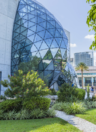 st  pete: ST. PETERSBURG, FLORIDA - SEPTEMBER 2: Exterior of Salvador Dali Museum September 02, 2014 in St. Petersburg, FL. The museum has one of the largest collection of the works of Salvador Dali in the world. Editorial