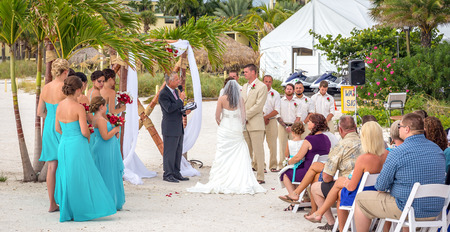 st  pete: ST. PETE BEACH, FLORIDA, USA - SEPTEMBER 5, 2014: Wedding ceremony on the St. Pete beach in Florida, USA on September 5, 2014