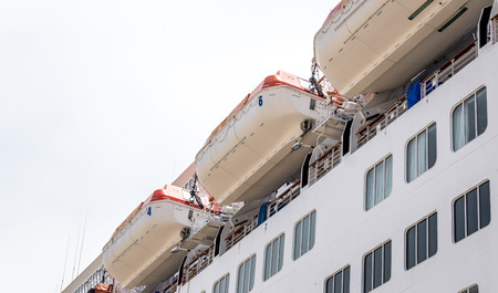 lifeboats: Cruise ship with lifeboats