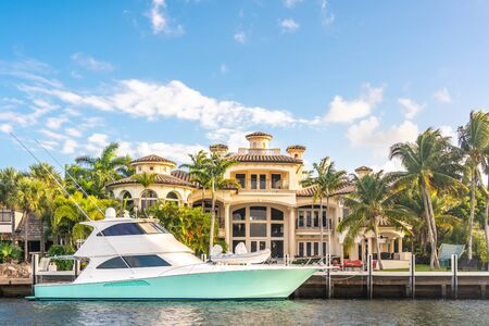 Luxury Waterfront Mansion in Fort Lauderdale Florida