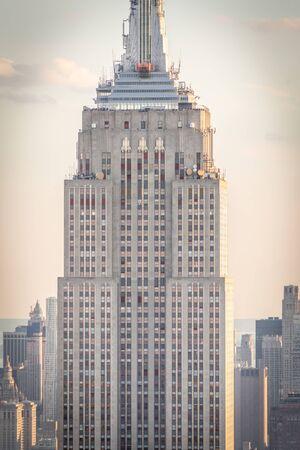 New york, USA - May 17, 2019: New York City skyline with the Empire State Building at sunset Redakční